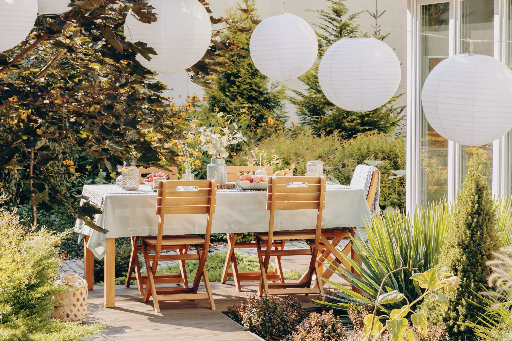 13 Outdoor Party Ideas For An