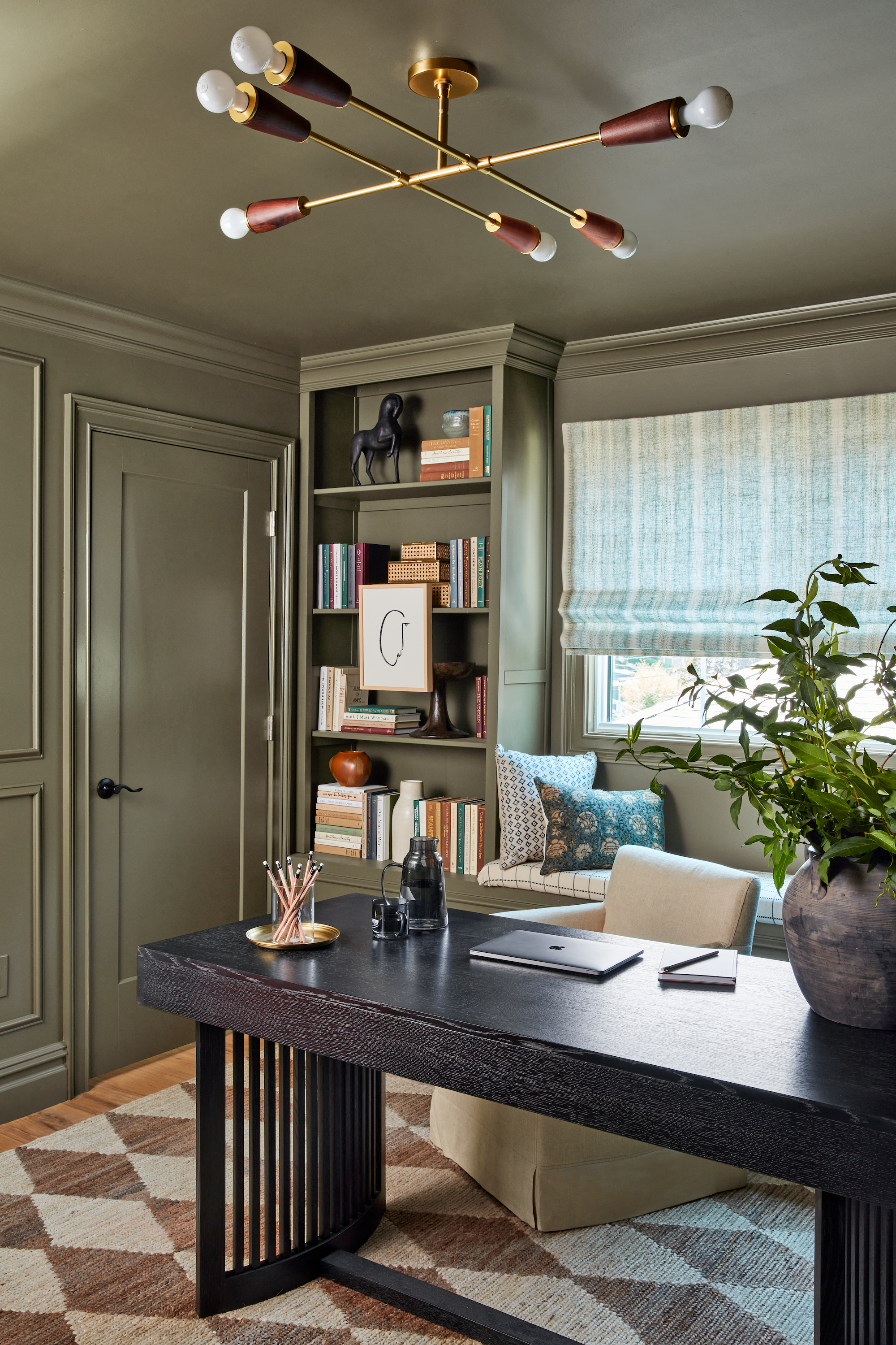 Real Simple Home 2021, Attic olive paint