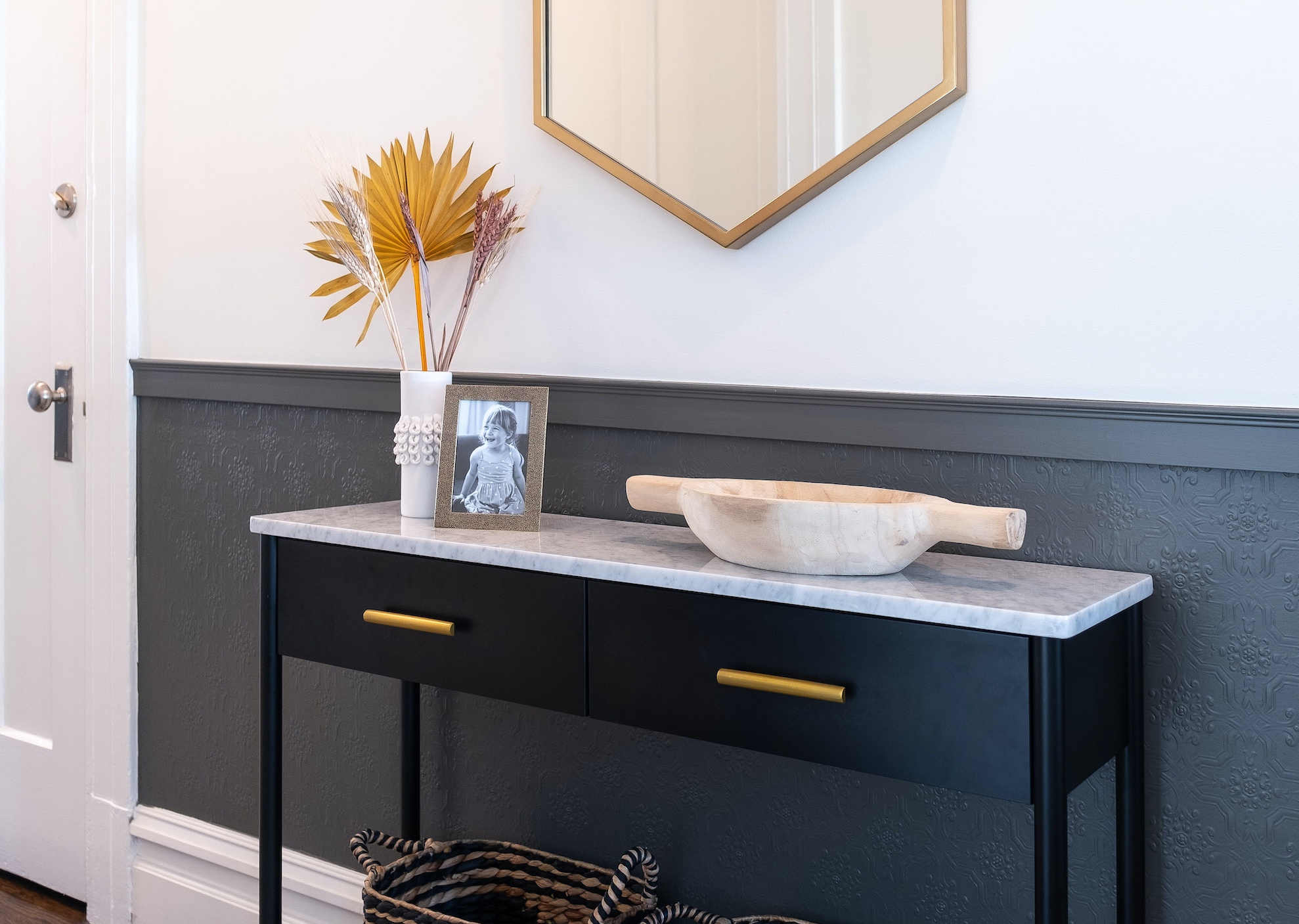Black and white entryway with console
