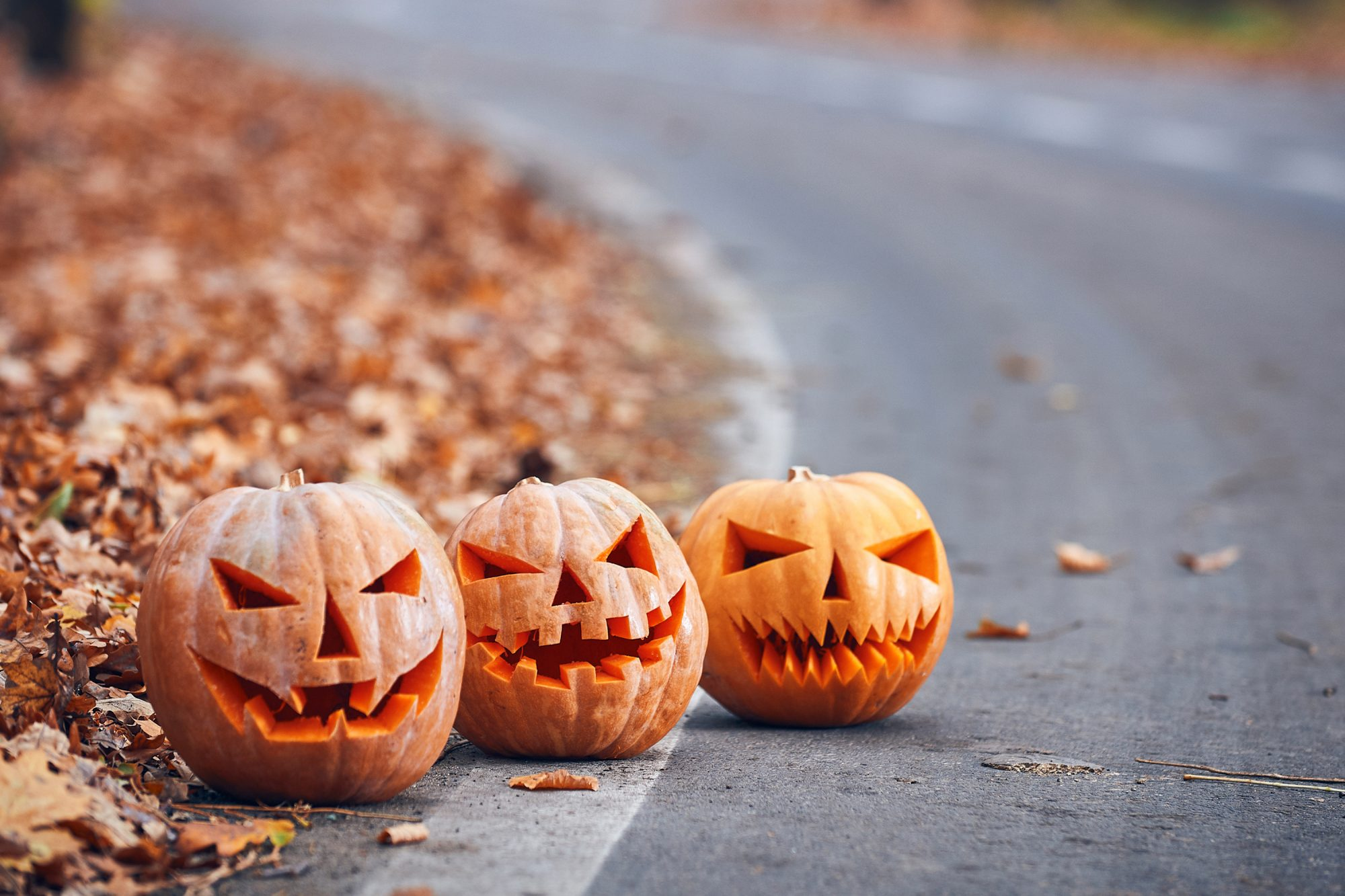 haunted places in the us: pumpkins with scary faces