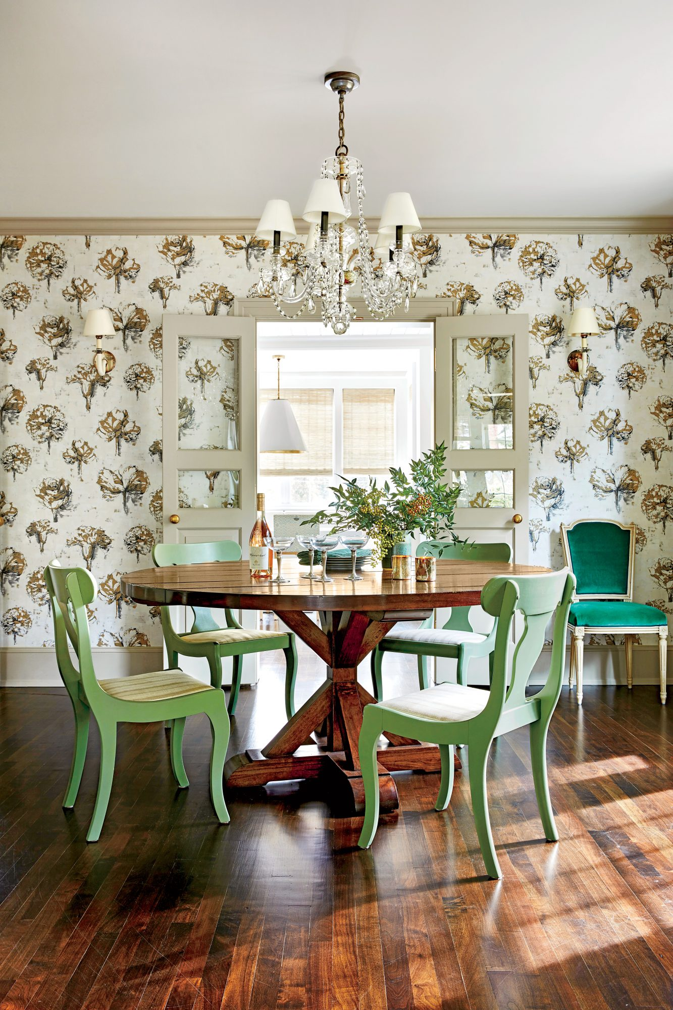 Floral Wallpaper Dining Room in Chapel Hill House