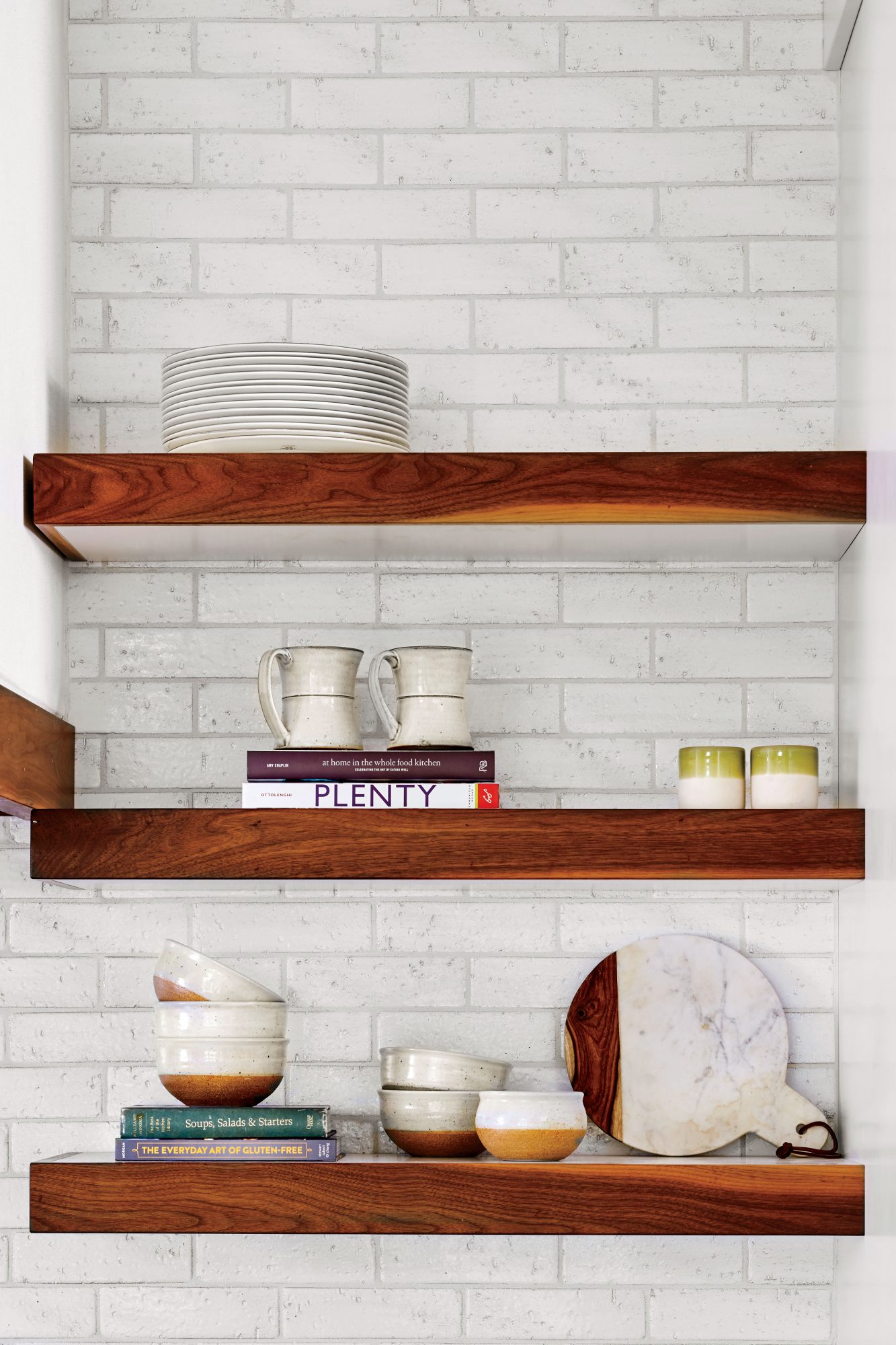Anna Braund White Cottage Kitchen Open Shelves