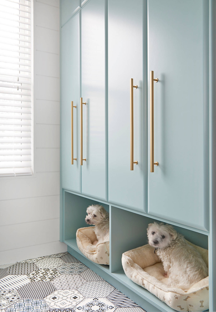 15 Mudroom Ideas We're Obsessed With Or Give Your Dog a Place To Rest