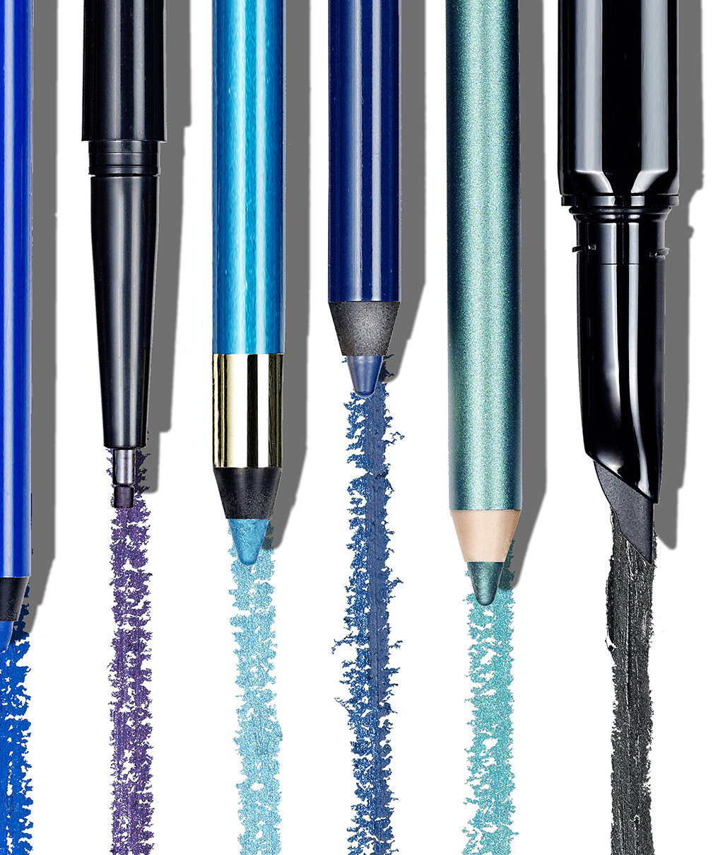 This Trending Shade of Eyeliner Is Universally Flattering and Perfect for the Holidays