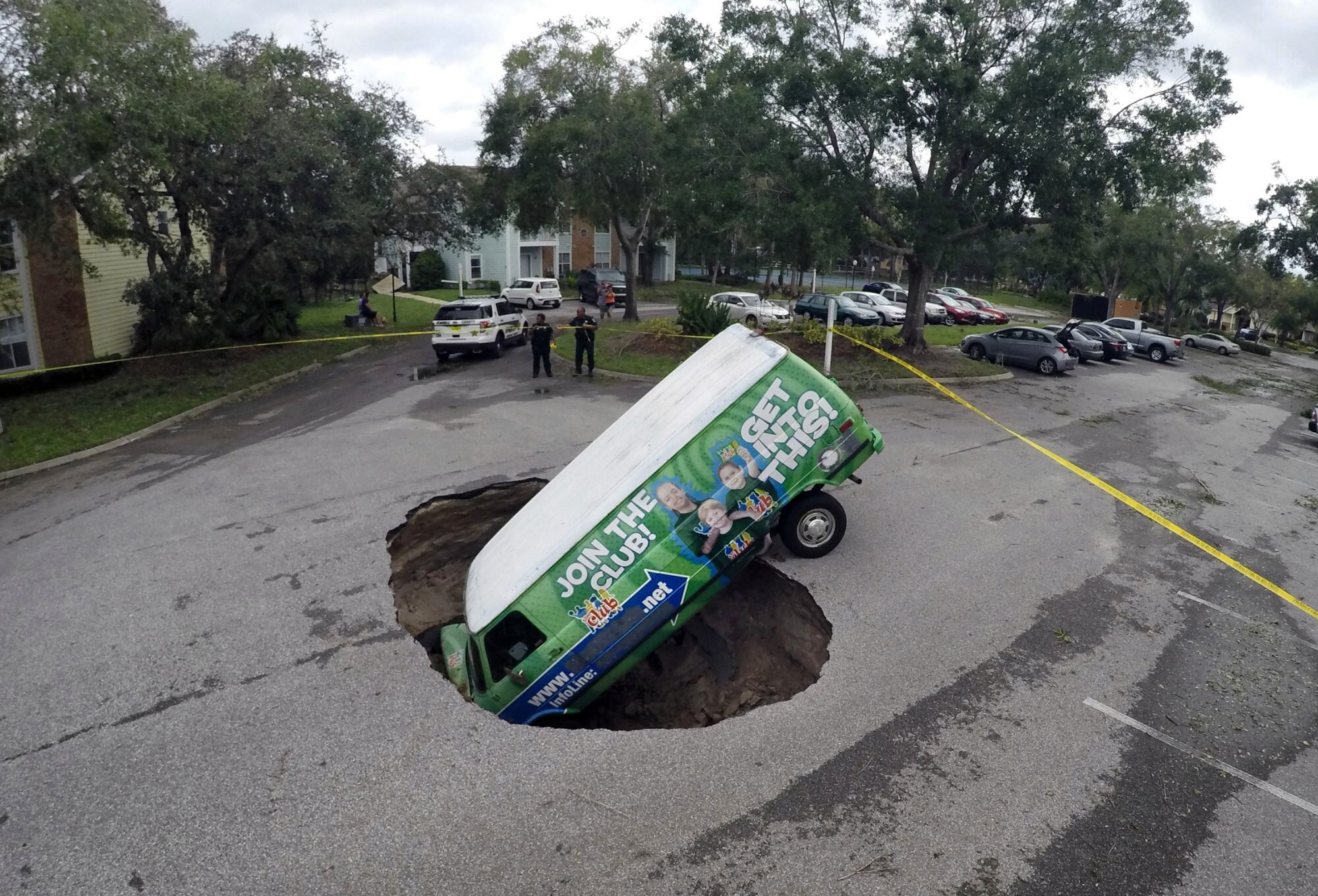 Here S What You Need To Know About Sinkholes Southern Living