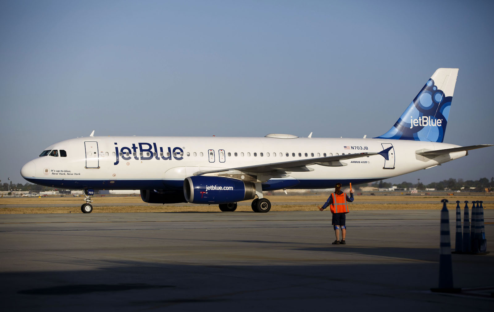 JetBlue Is Giving Free Flights to People Who Owe Taxes