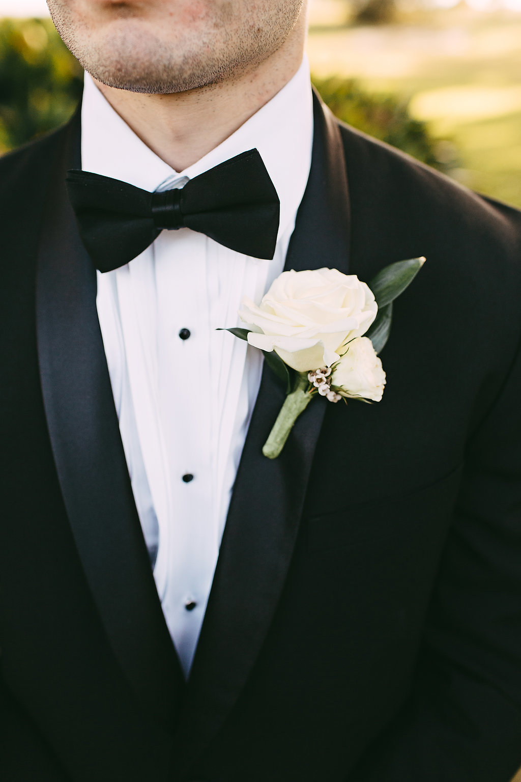 Classic Groom's Boutonniere