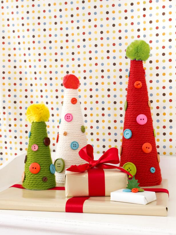 Yarn and Button Holiday Topiaries