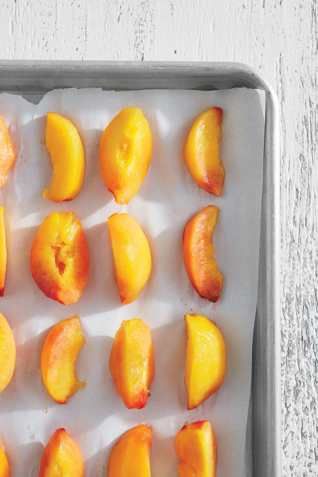 Baking Sheet Freezing Peaches