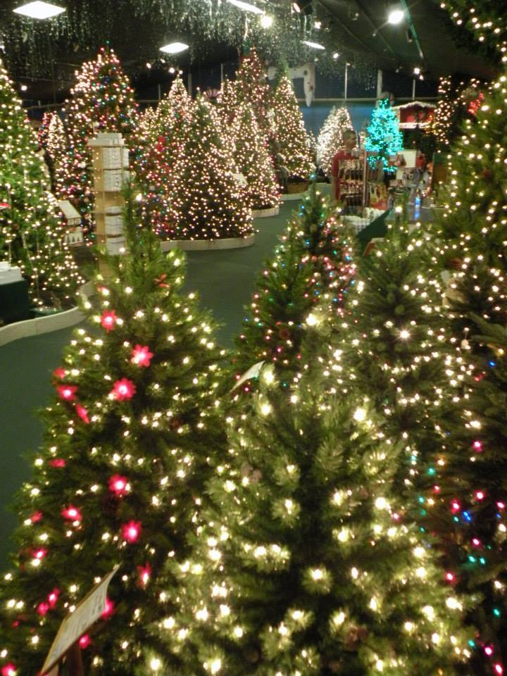 Christmas Shops Open All Year Long Robert's Christmas Wonderland
