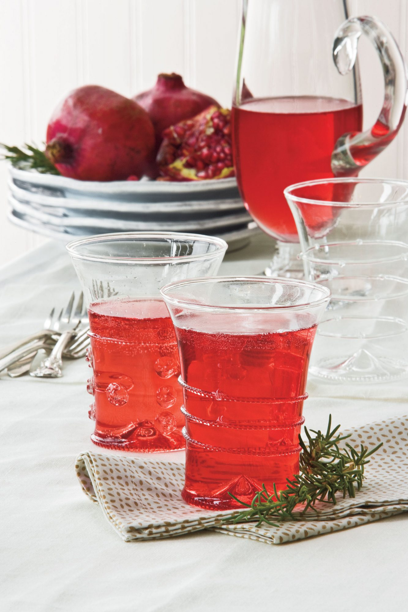Holiday Cocktail Recipes: Pomegranate Mimosas
