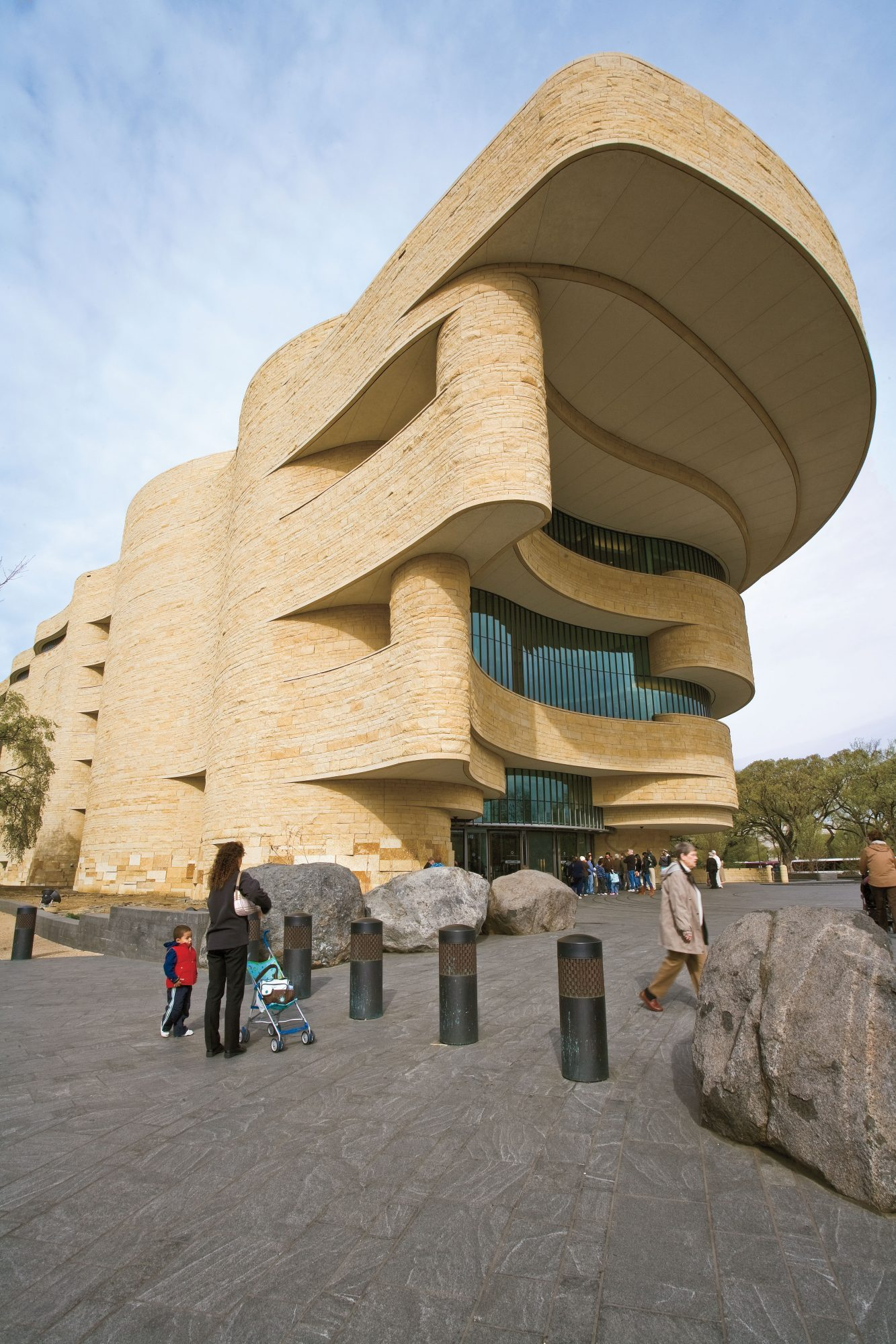 picture of the National Museum of the American Indian exterior, washington, dc