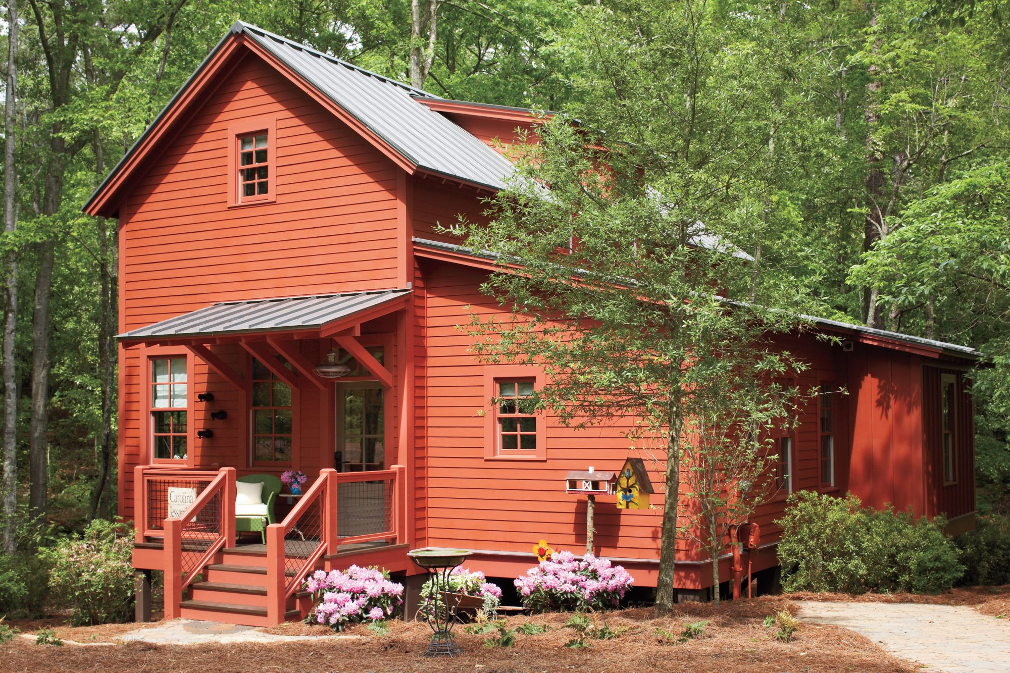 red barn exterior of cottage