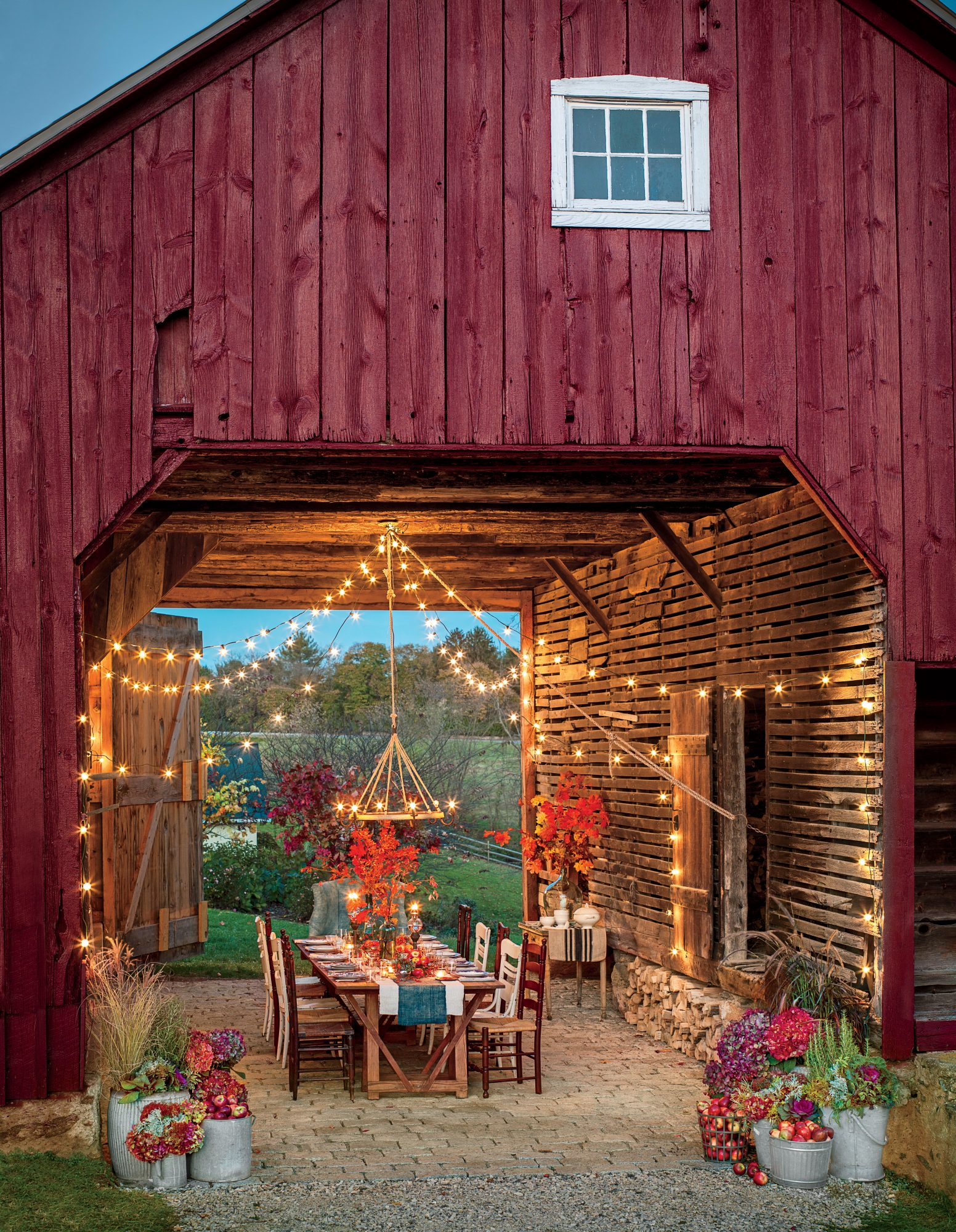 Beautiful Fall Outdoor Rooms