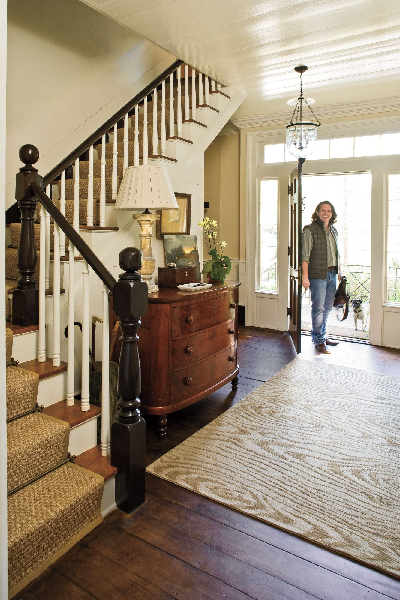 Home Restorations: Farmhouse Entry