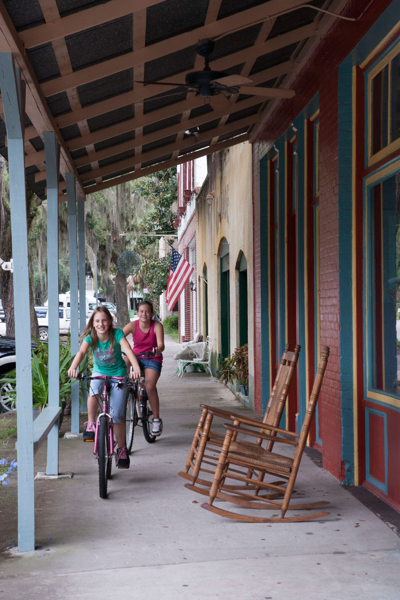 Micanopy, Florida: Kids on Bikes