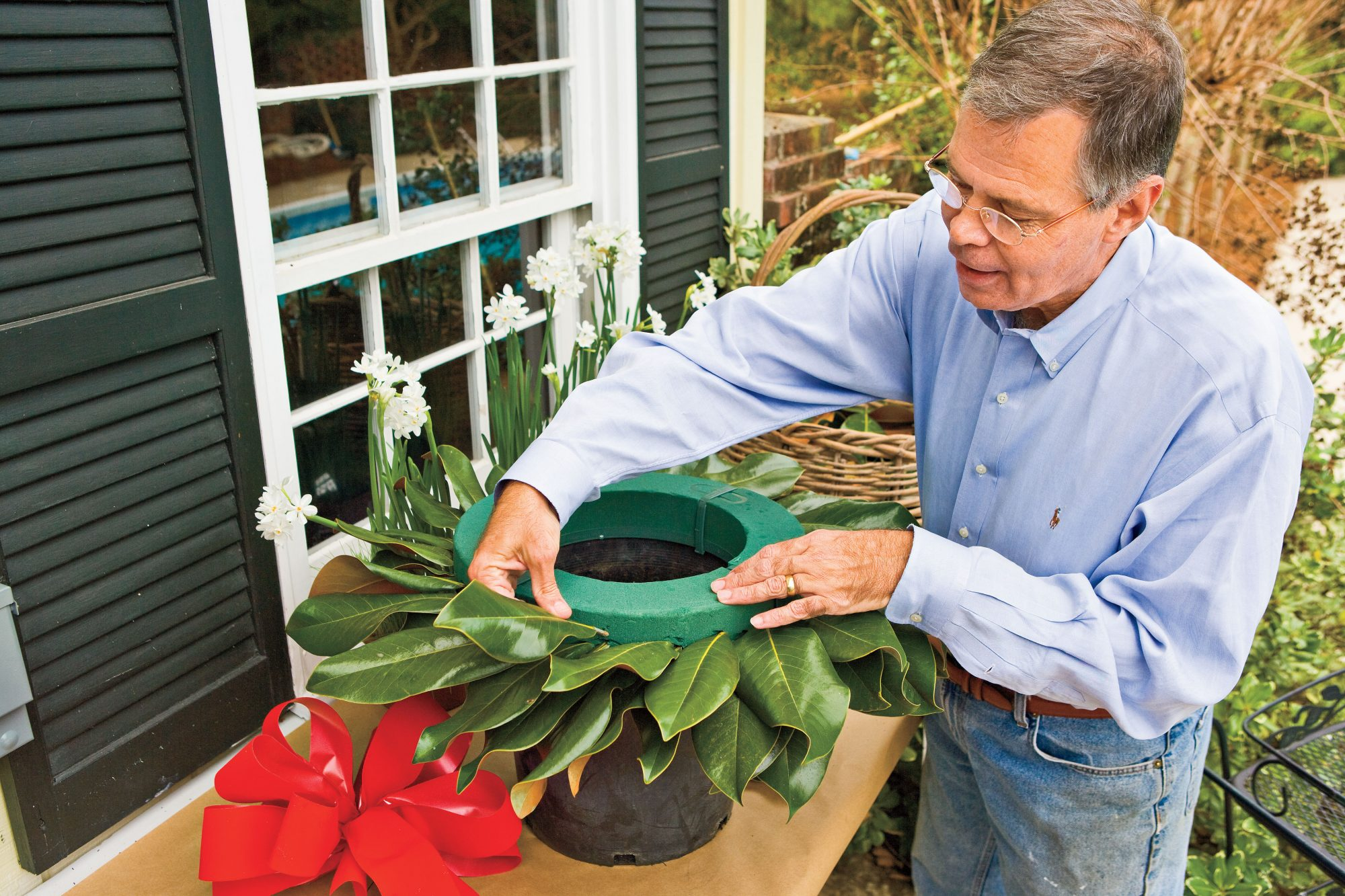 Steps to Making the Perfect Wreath