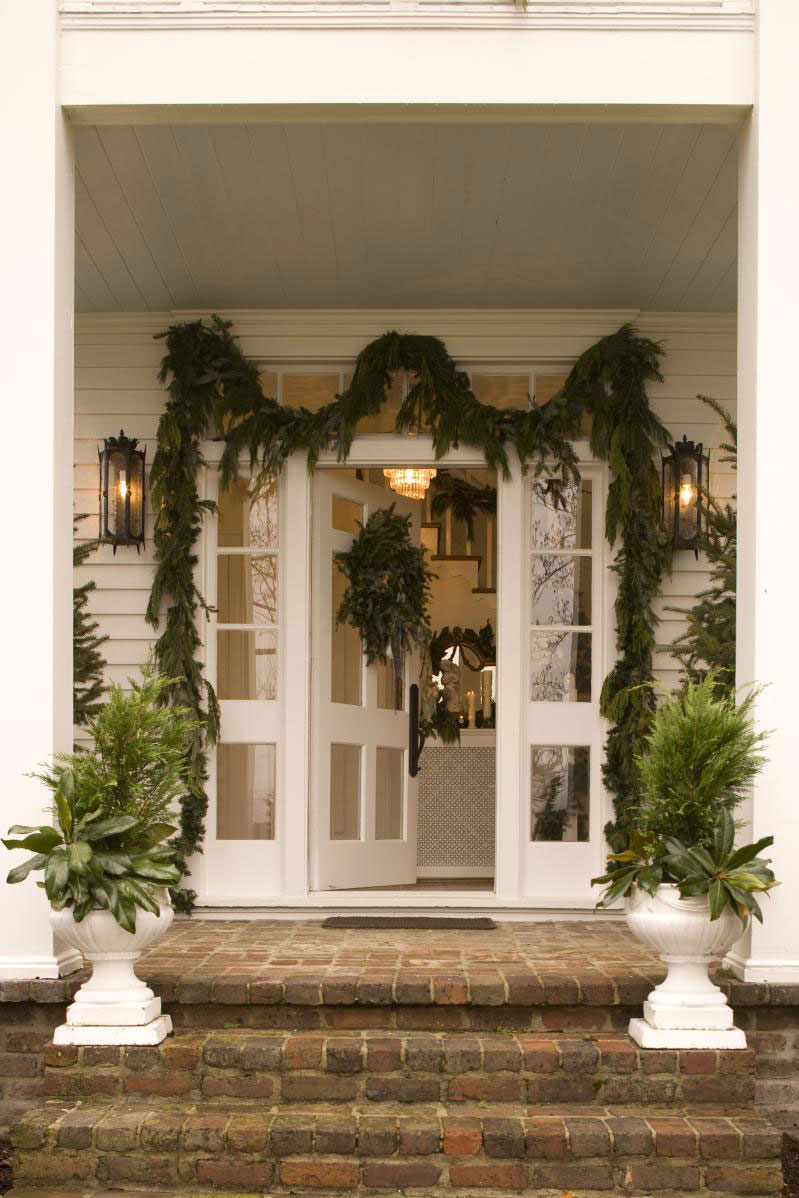Vintage Christmas Decorations: Festive Porch Planters