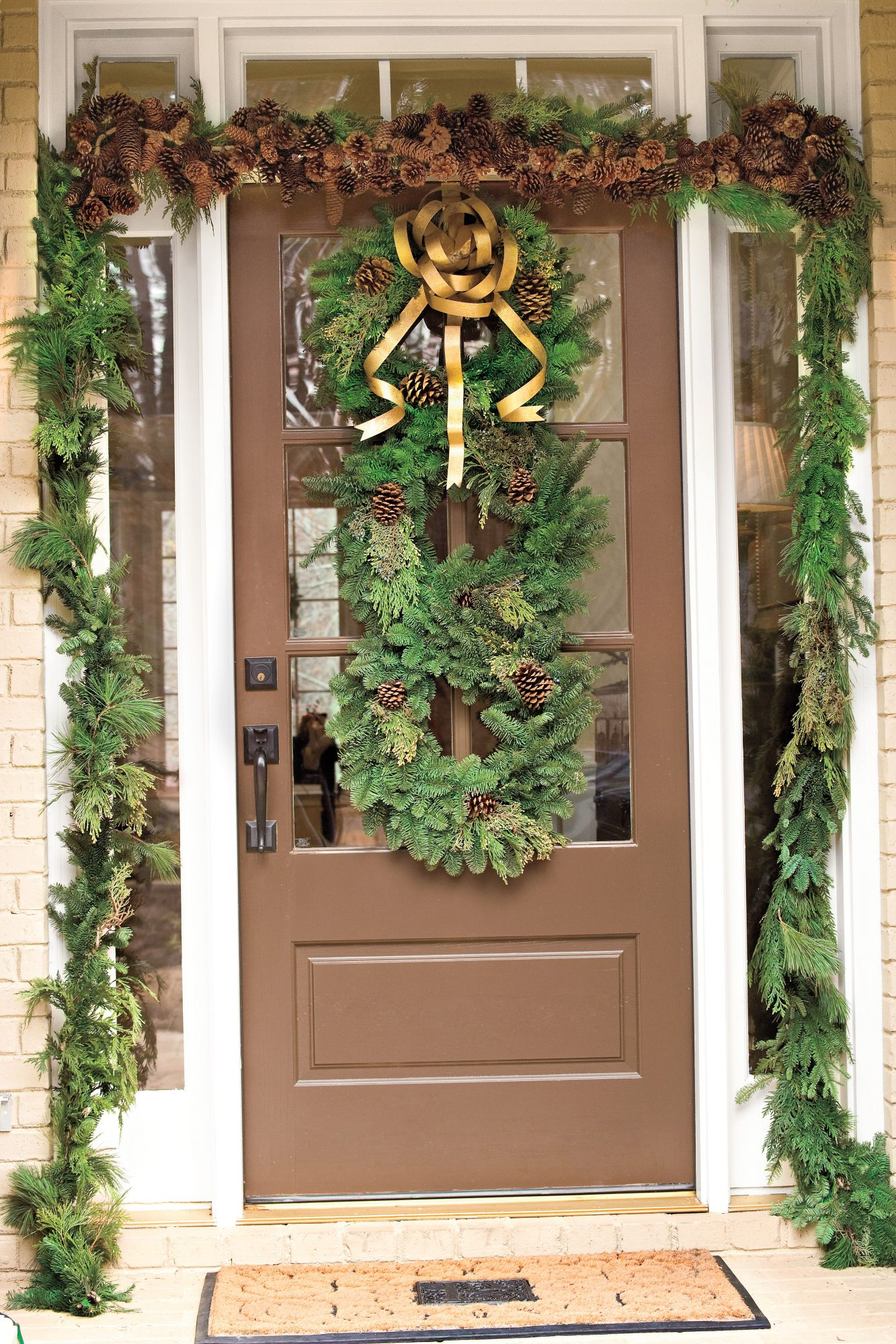 Christmas Decorating Ideas: Stacked Evergreen Wreaths