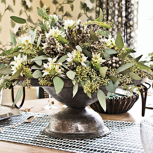 Christmas Table Decorations: Simple Centerpieces