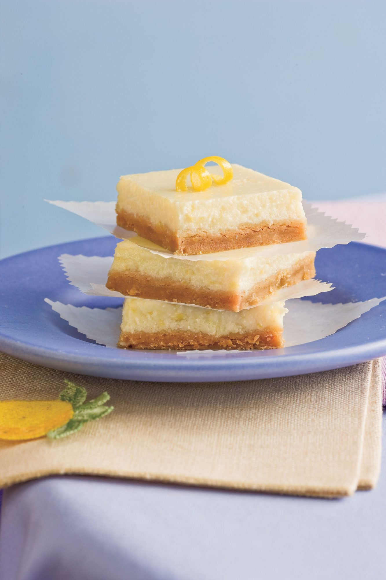 Healthy Desserts: Lemon-Cheesecake Bars