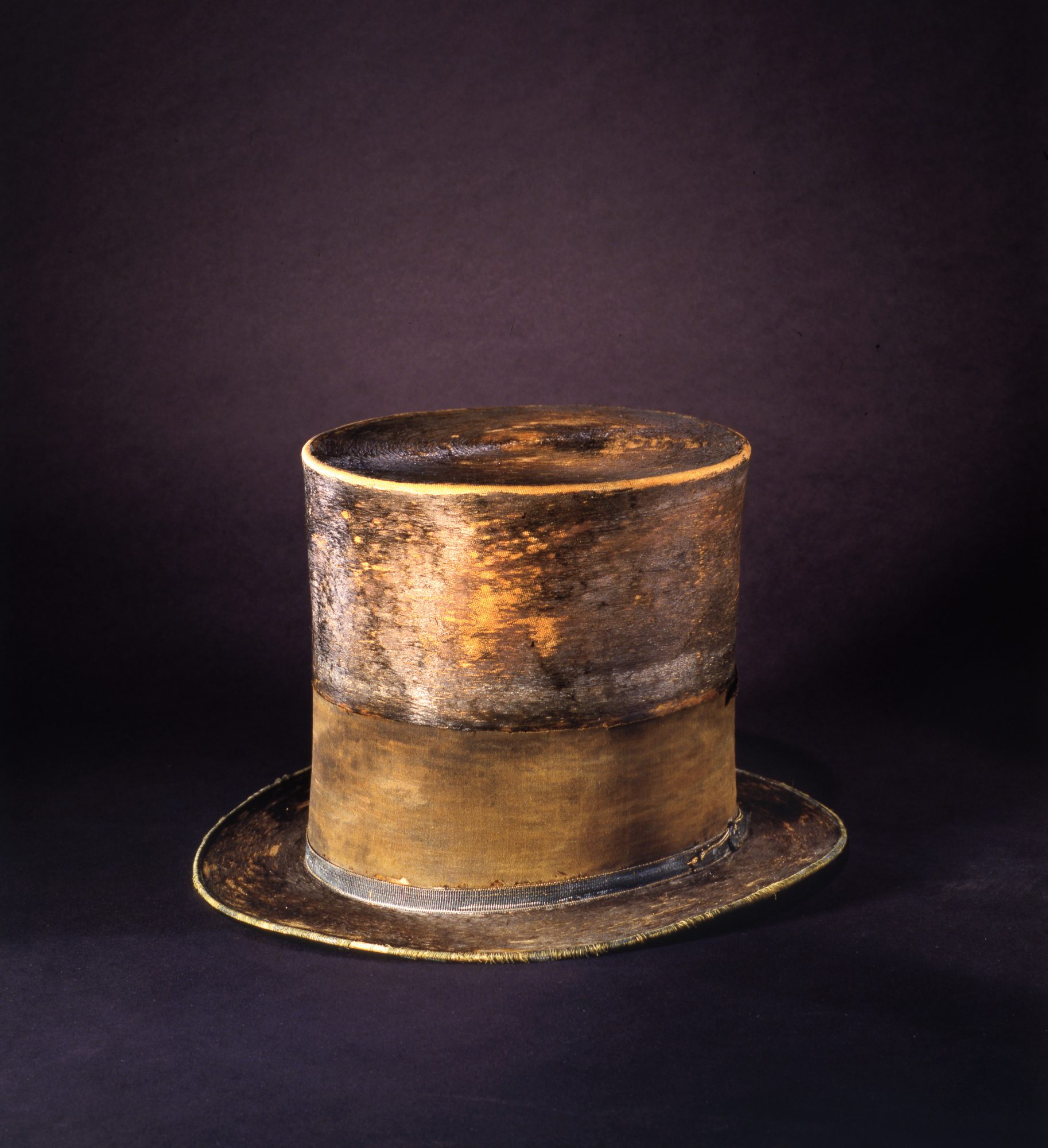 Best Southern Travel Destinations: Abraham Lincoln's Top Hat