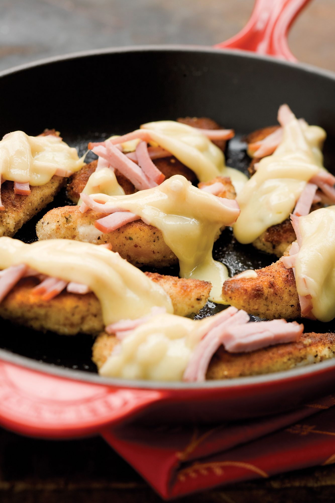 Quick and Easy Dinner Recipes: Easy Skillet Cordon Bleu