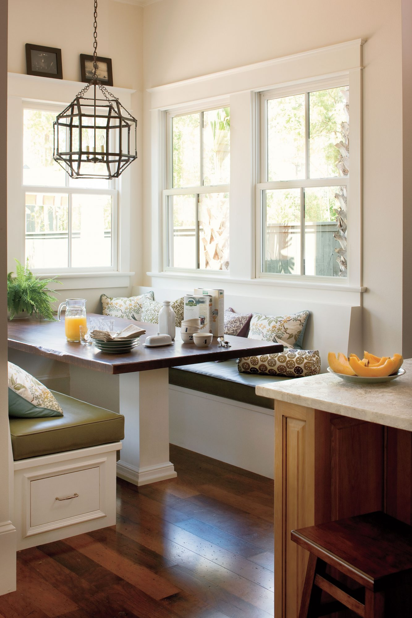 Breakfast Nook Lighting