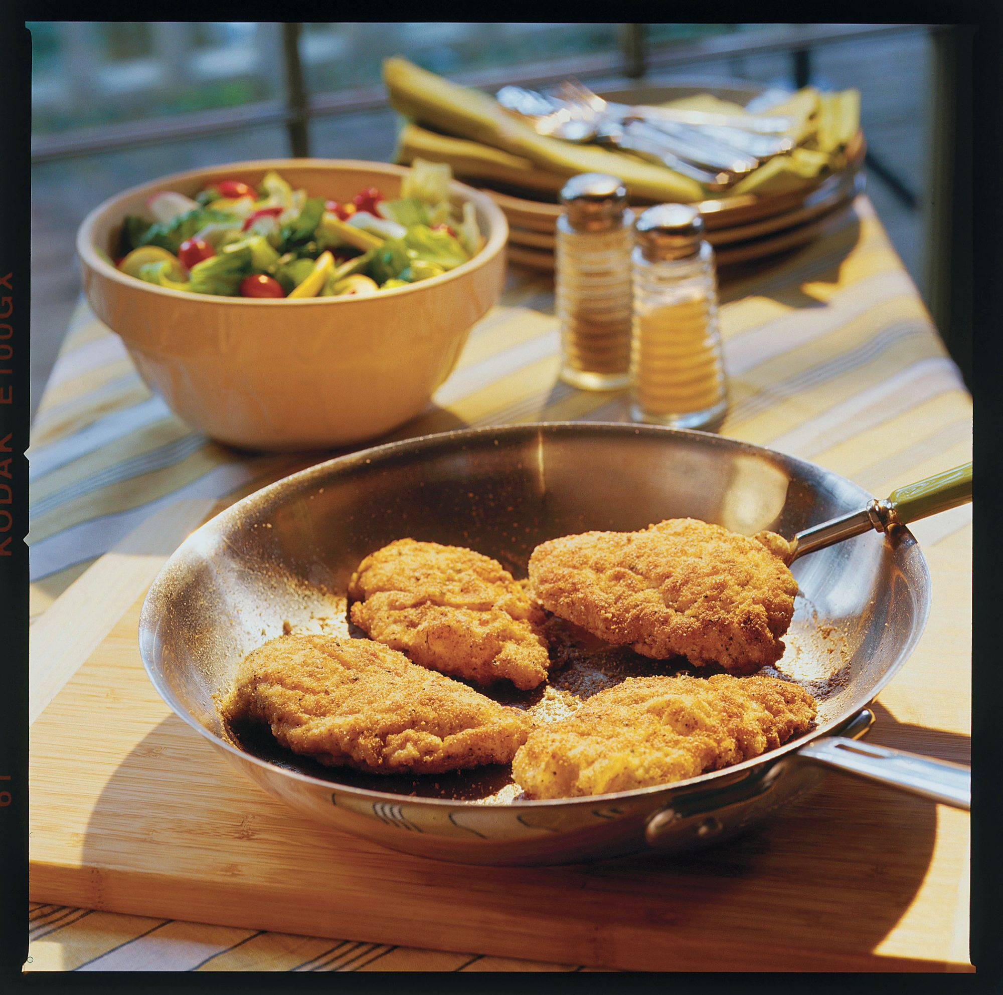Quick and Easy Southern Recipes: Crunchy Pan-Fried Chicken
