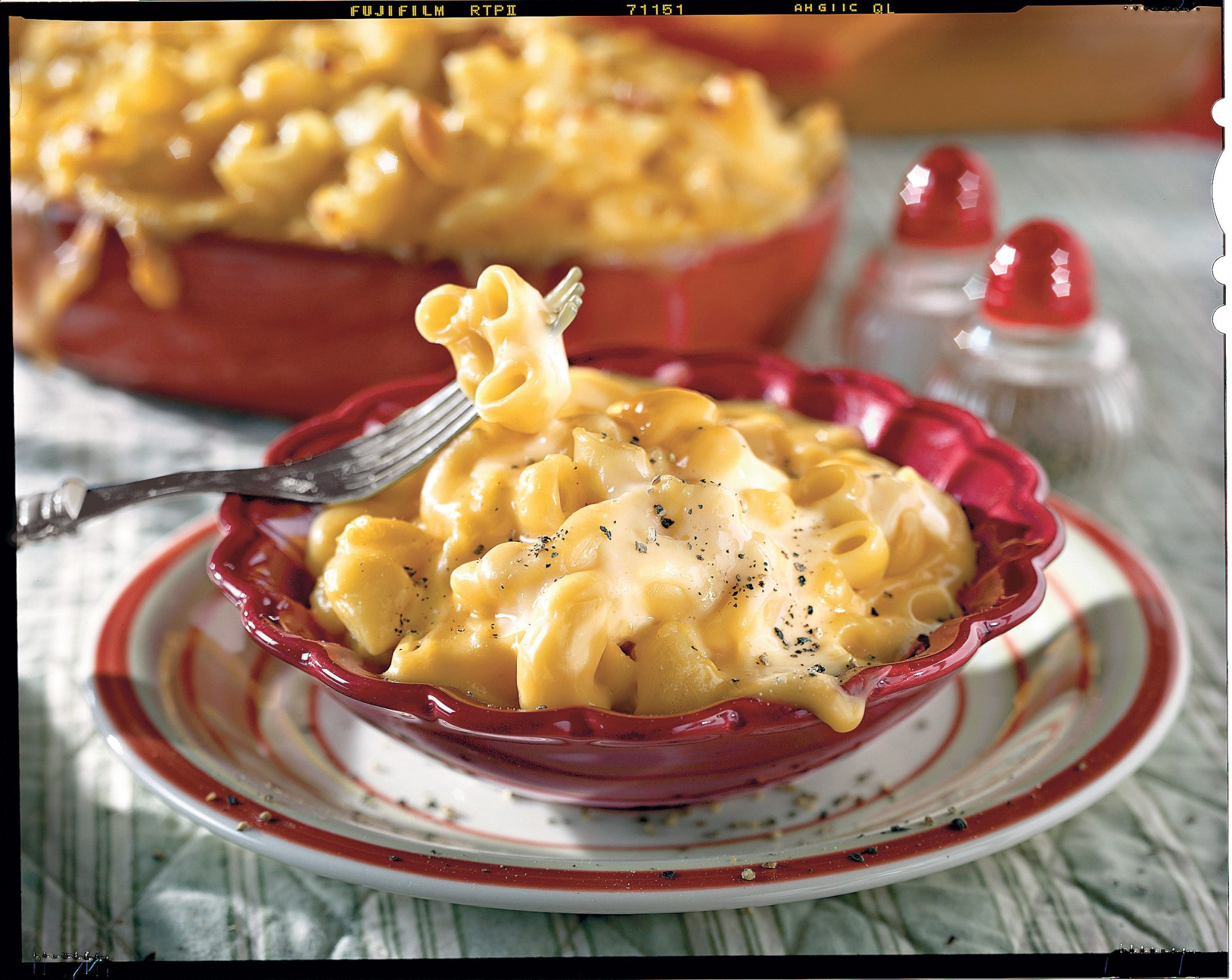 50 Best Thanksgiving Golden Mac and Cheese