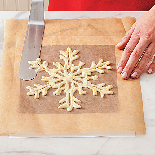 How To Make a White Chocolate Snowflake: Step 1