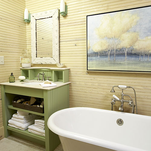 Beaded-Board Master Bath