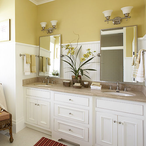 Cottage-Style Master Bathroom