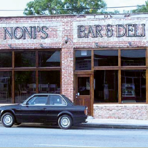 Noni's Bar & Deli