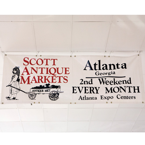 Eddie Shops Atlanta's Scott Market