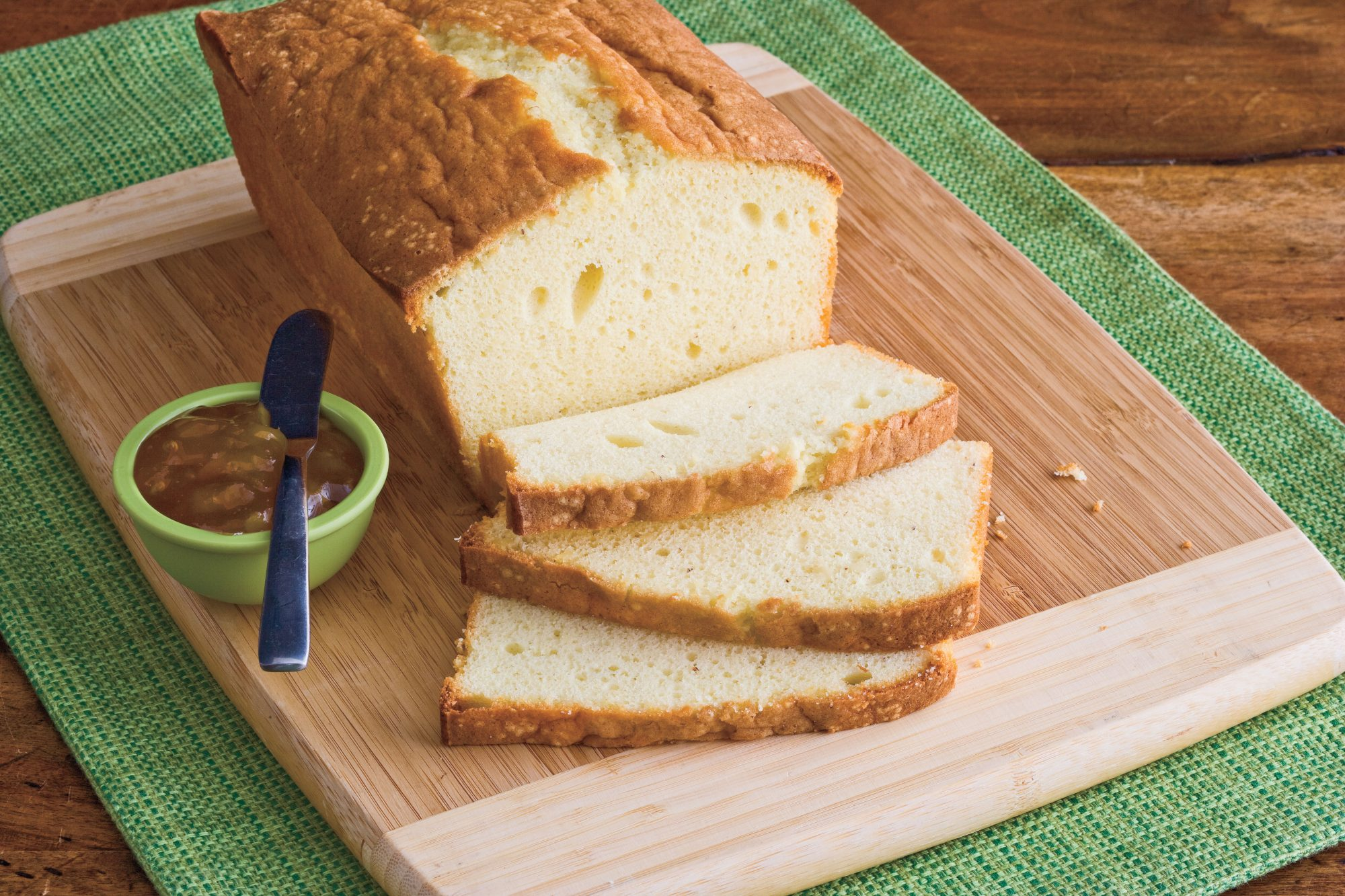 Christmas Dessert Recipes: Eggnog Pound Cake