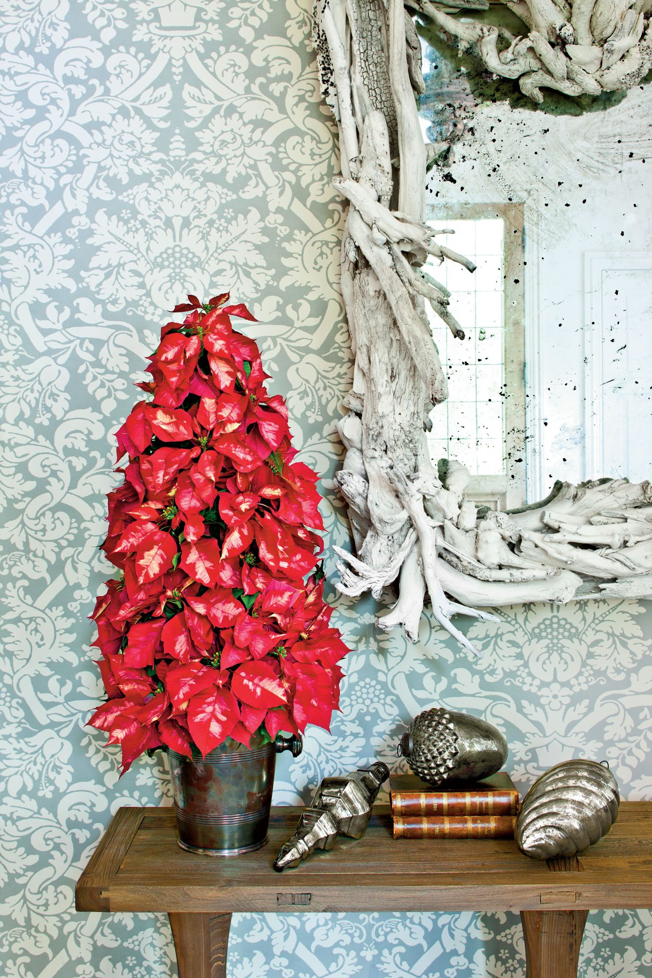 Make a Poinsettia Tree