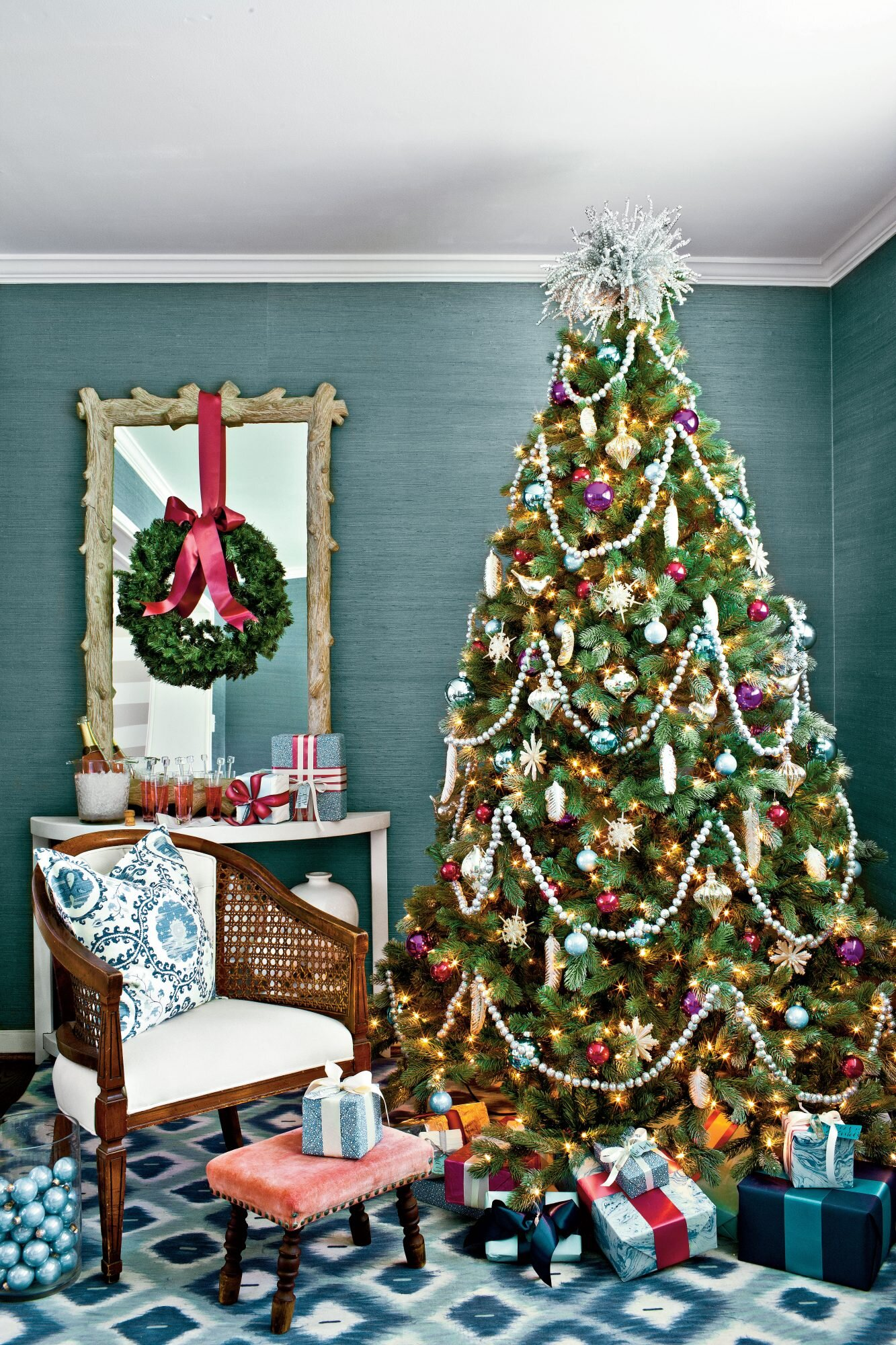 Decorating with Vintage Christmas Ornaments | Southern Living