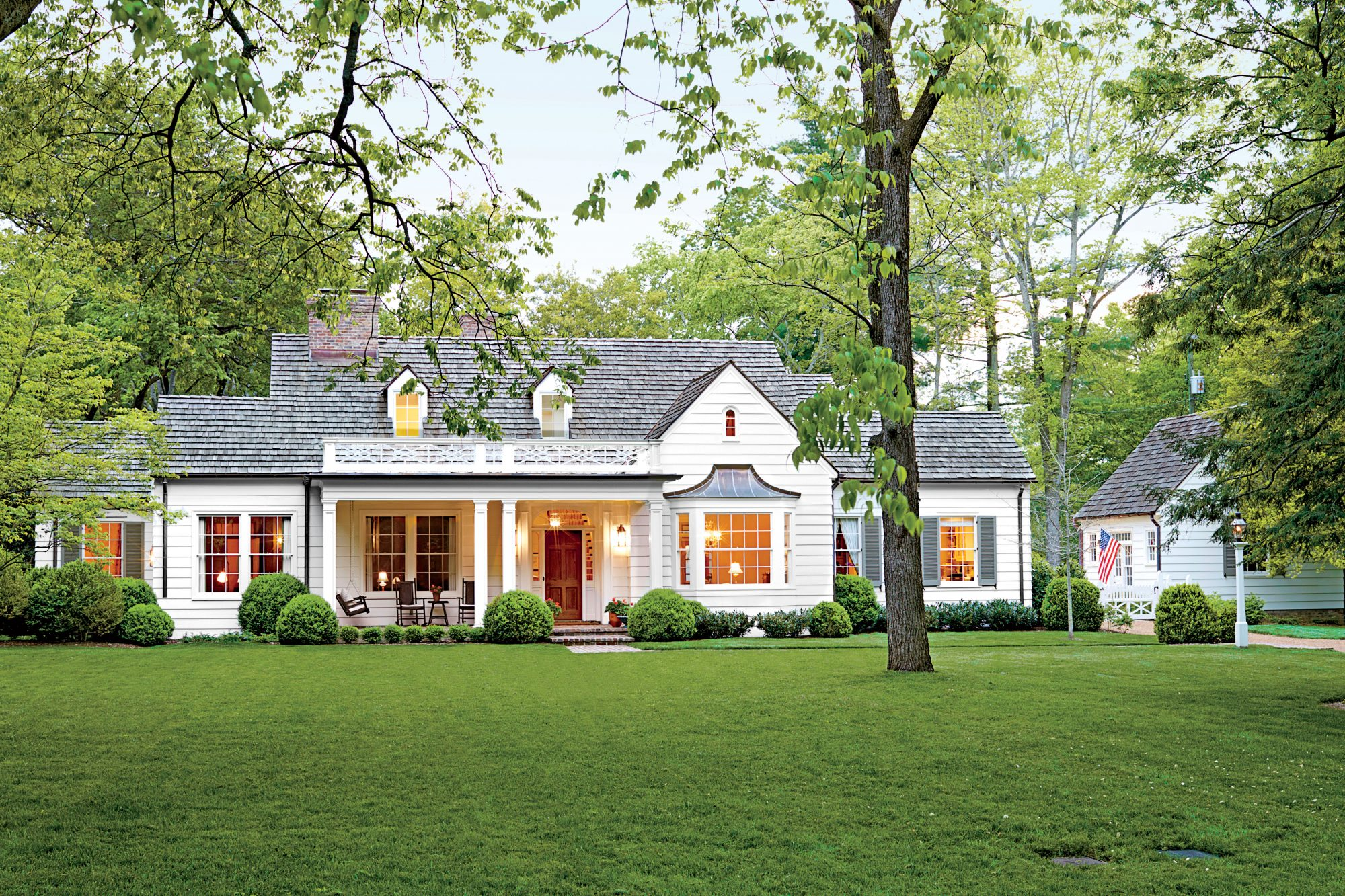 Picturesque Tennessee Farmhouse