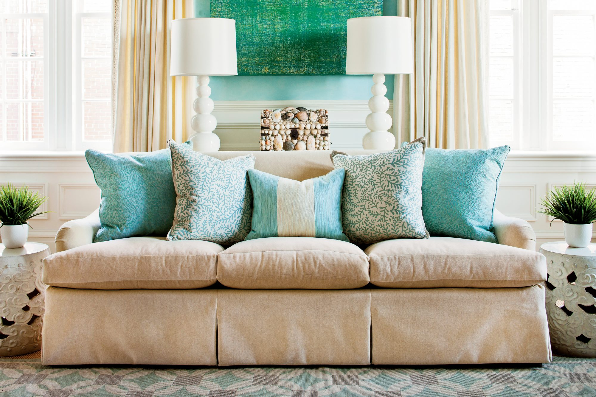 Arrange Sofa Pillows