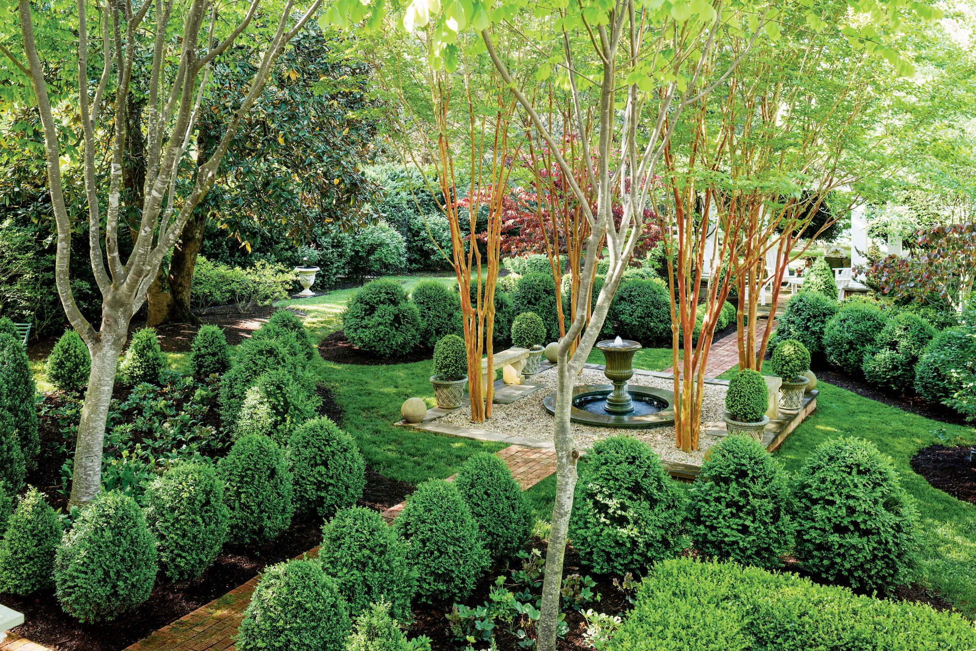 Boxwood Courtyard Garden