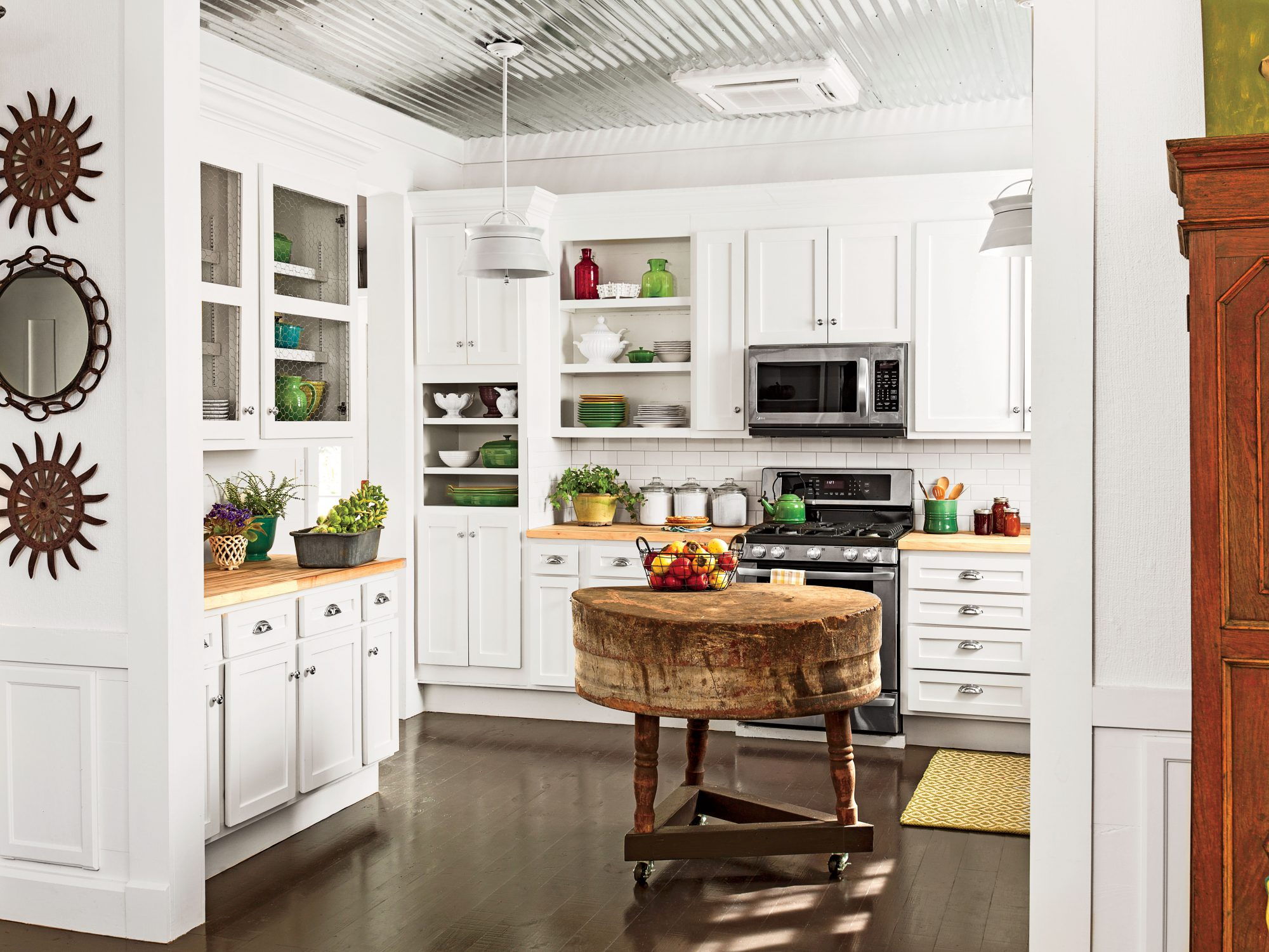 Secondhand White Cabinets