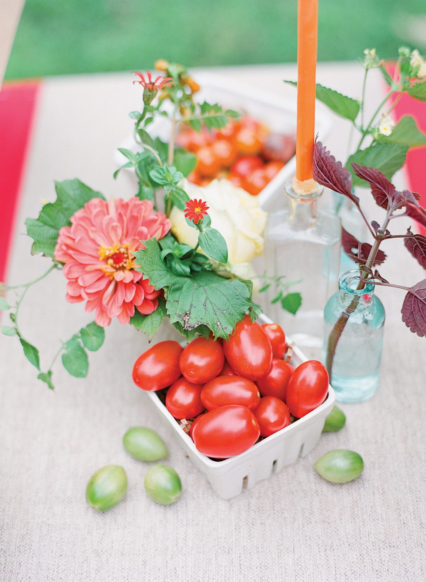 Tomato Table Décor