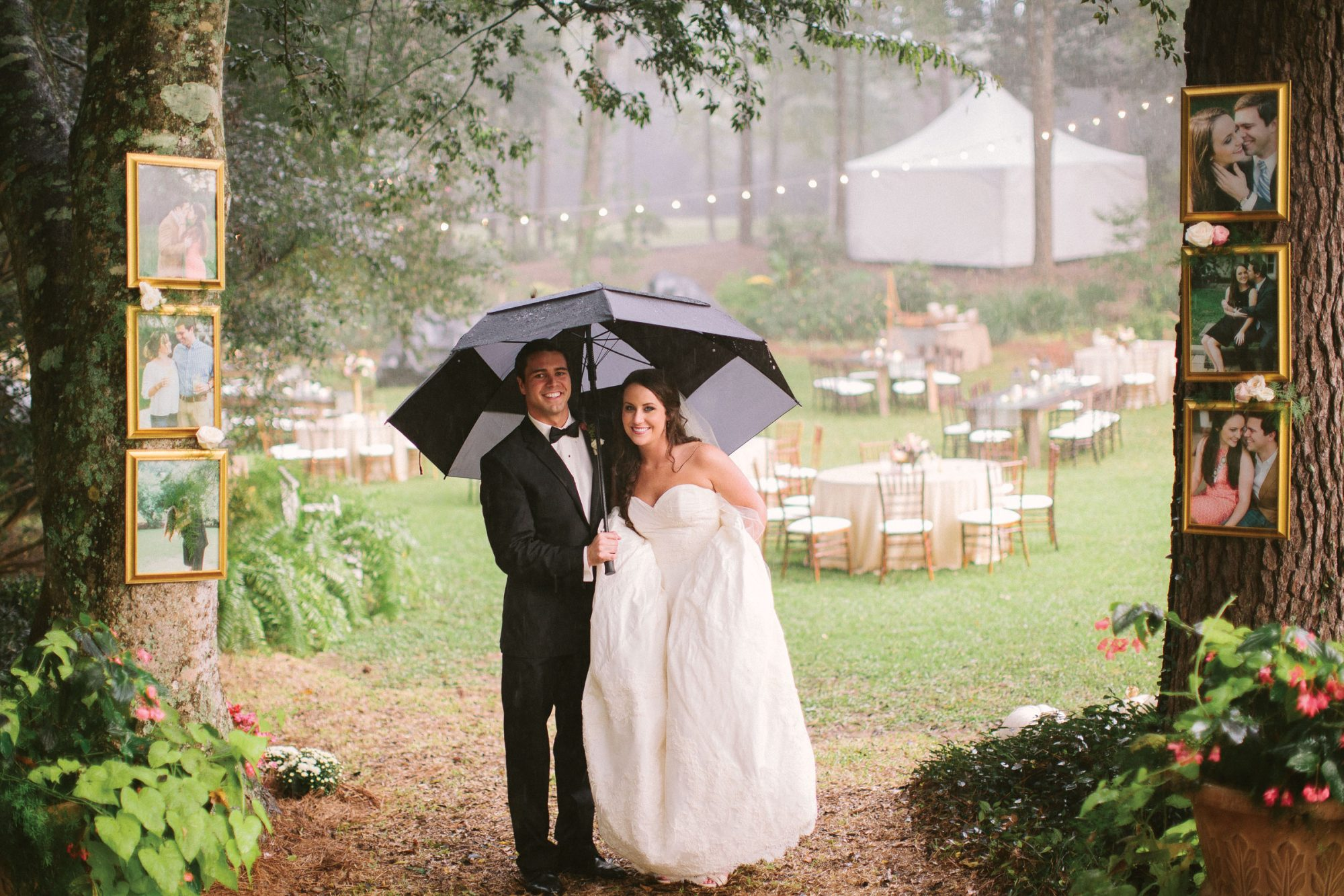 Fall Rainy Wedding Photo Shoot