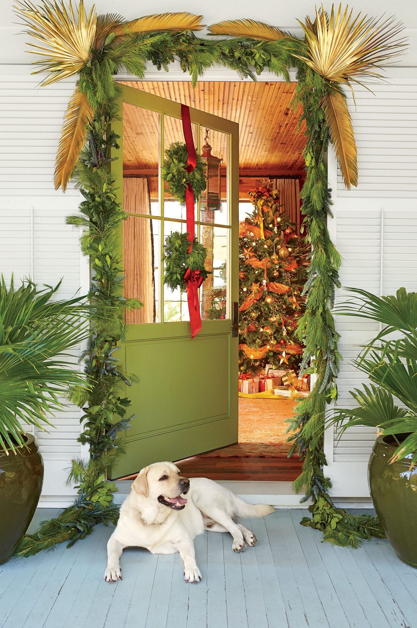 The Ultimate Guide to Holiday Decorating