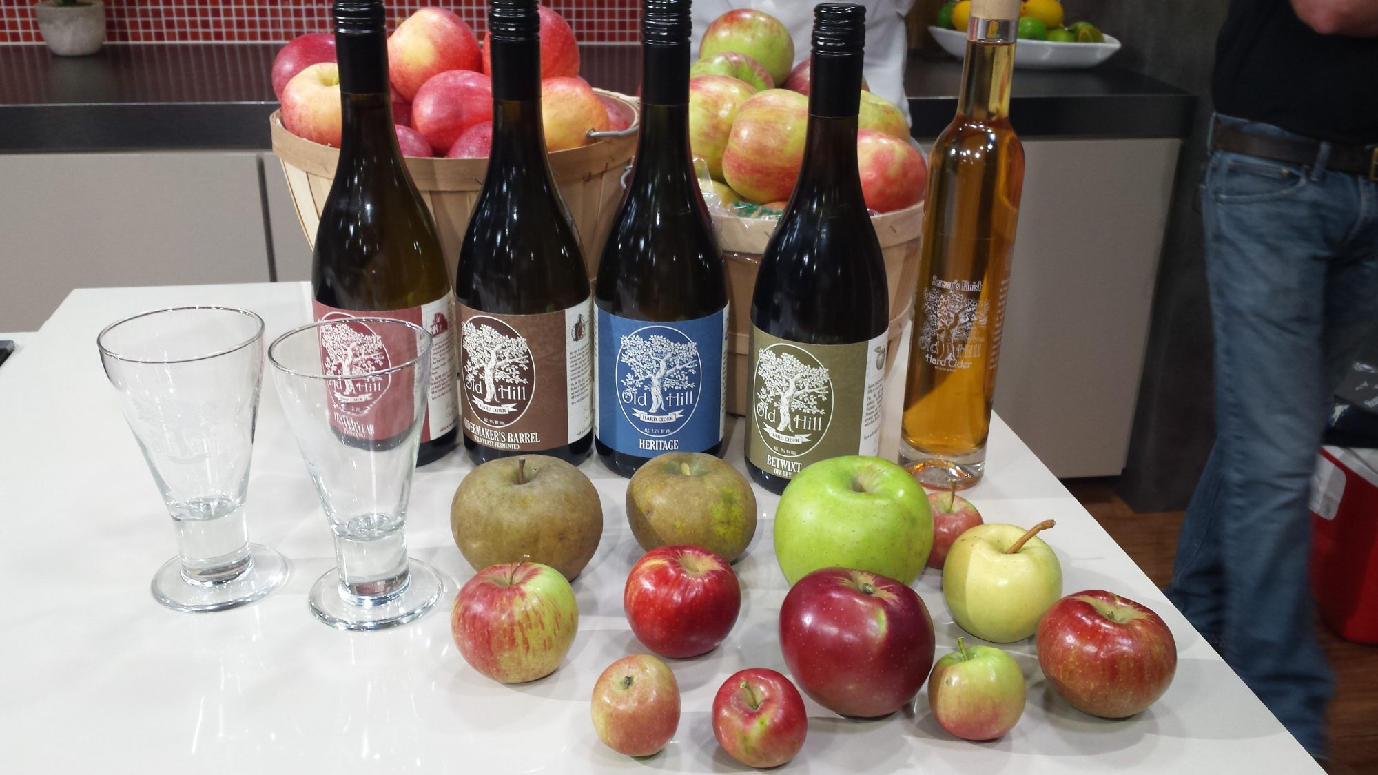 old-hill-cider-and-showalter-orchard.jpg