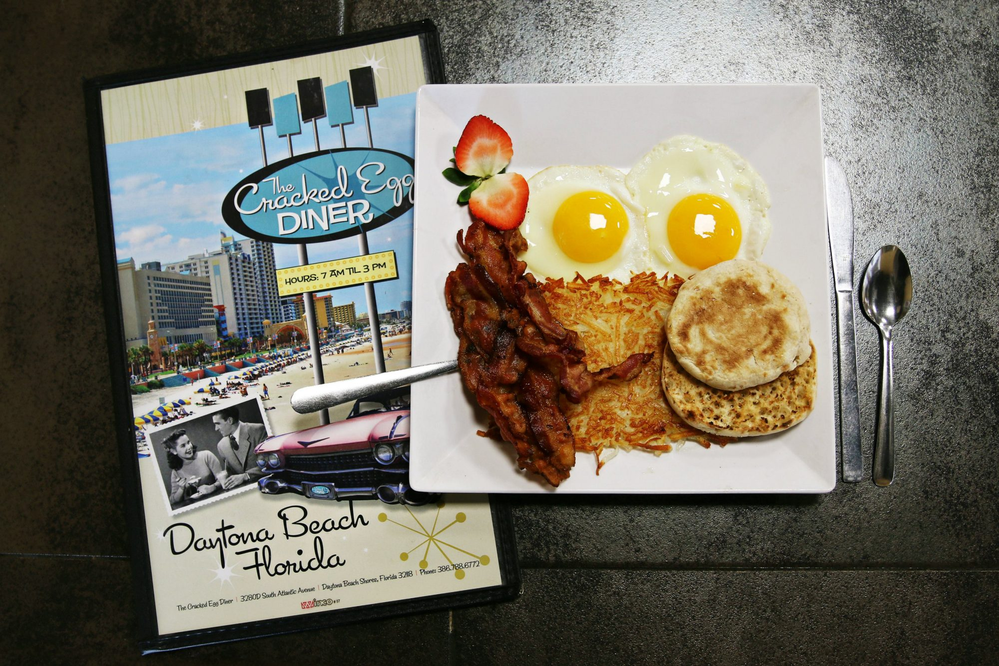 The Cracked Egg Diner (Daytona Beach Shores, Florida)