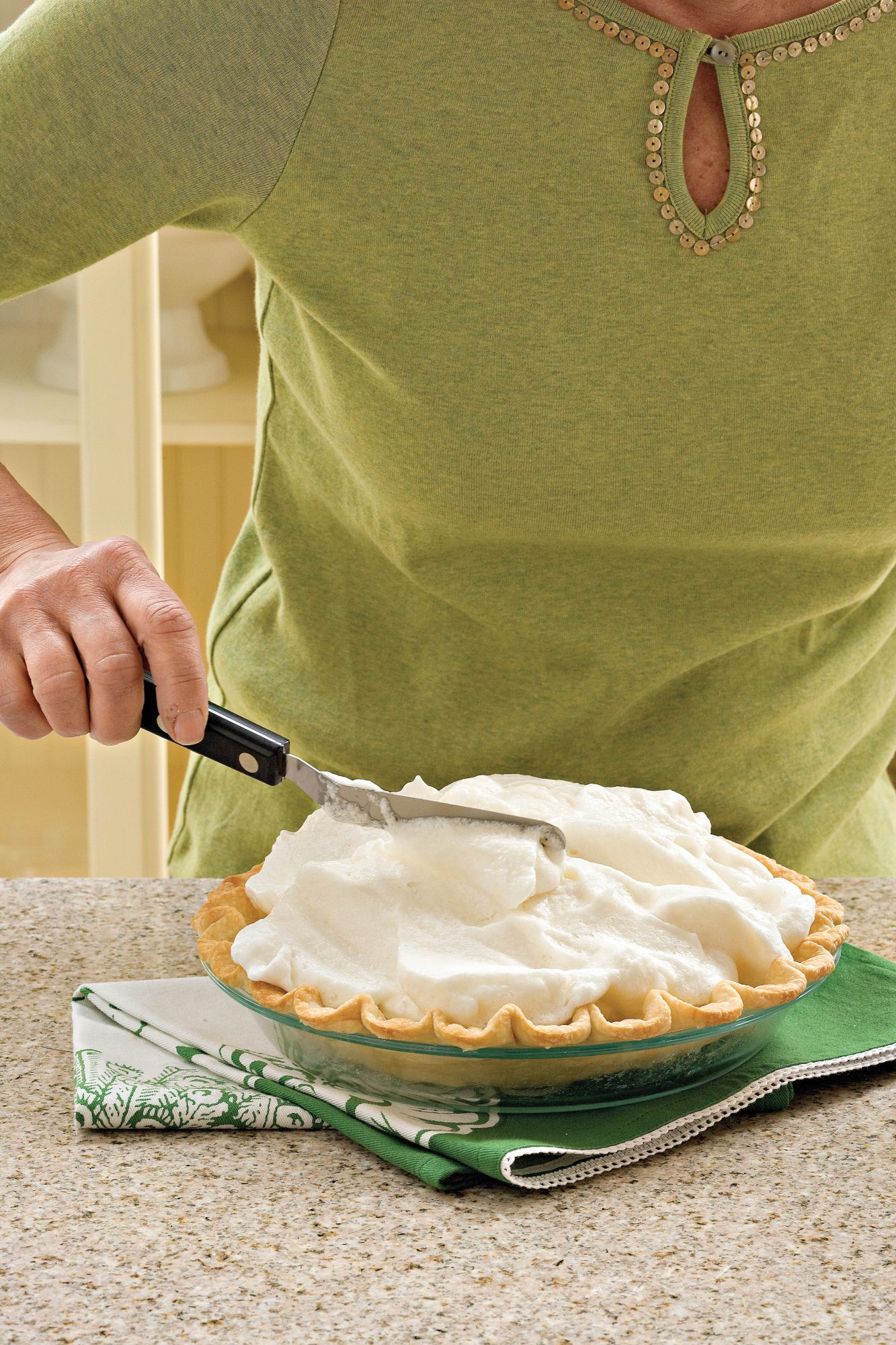 How to Make Meringue Pie