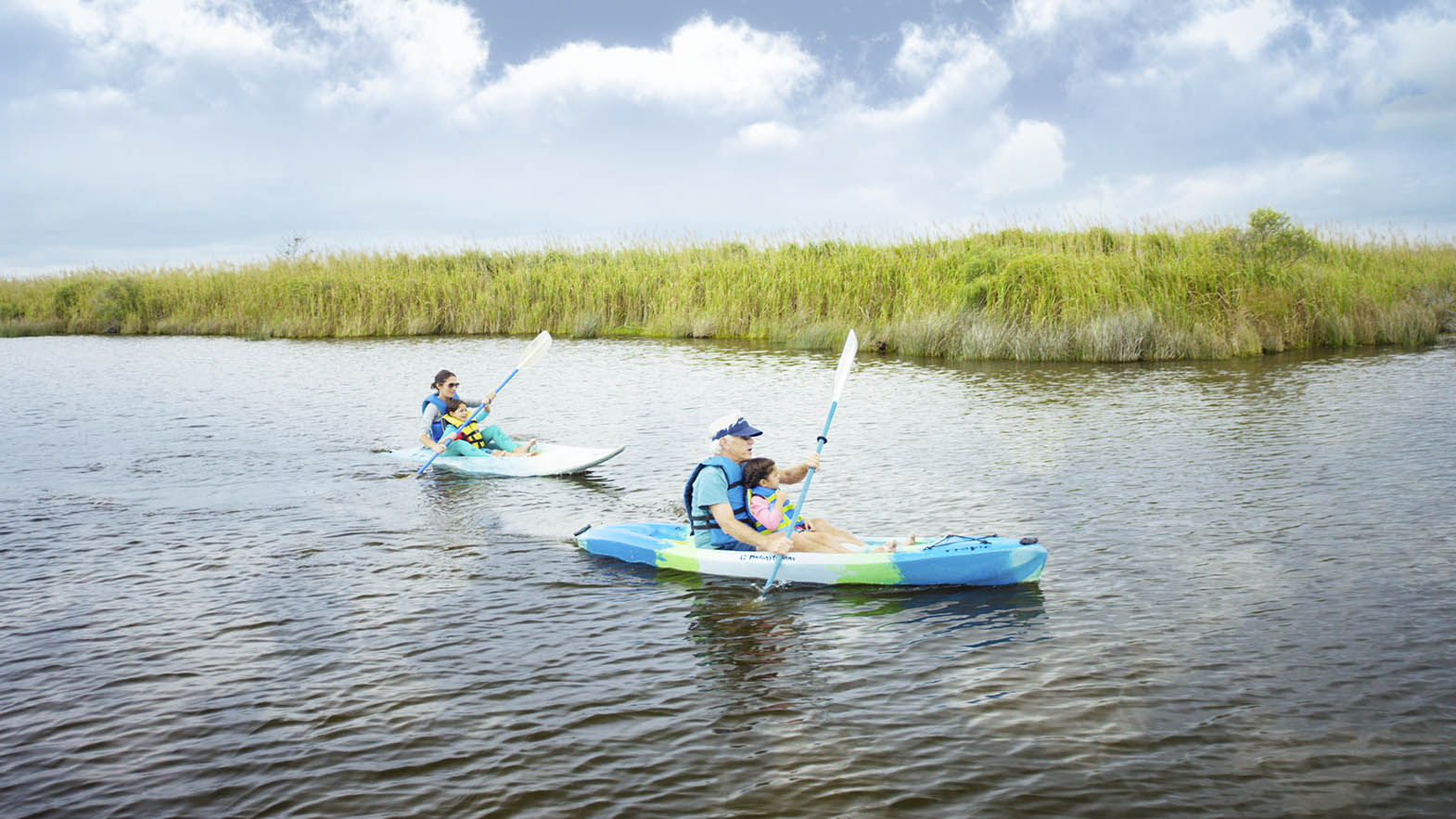 sandbridge-beach_kayaking_virginia-beach-cvb.jpg