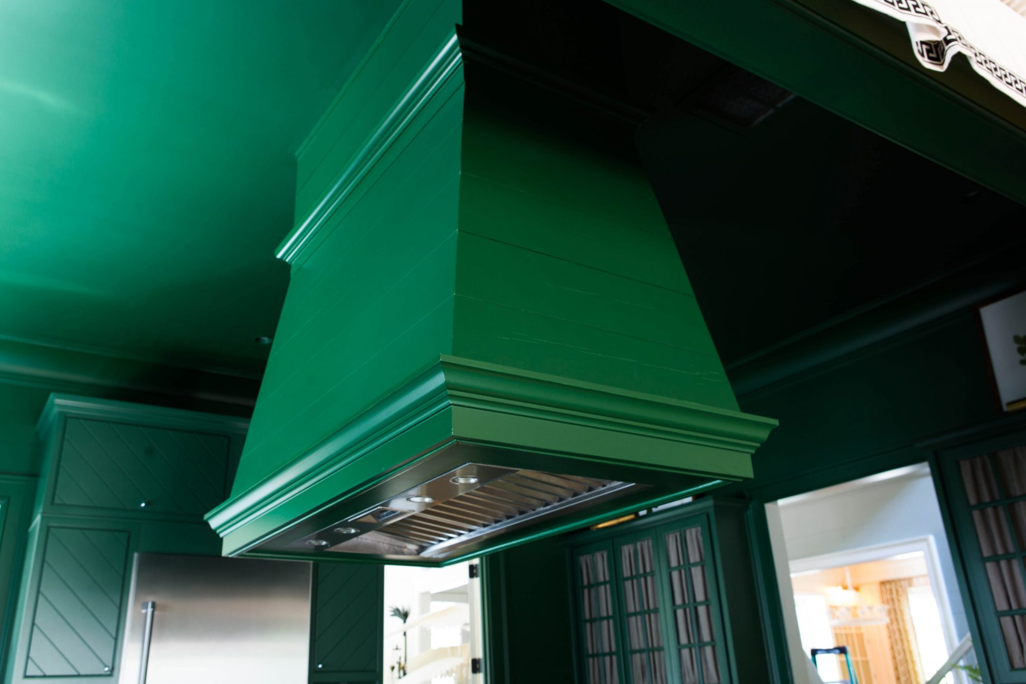 Green Kitchen Hood